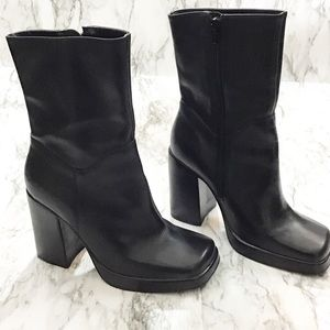 Steve Madden Franky Boots Vintage 90's Chunky Boot